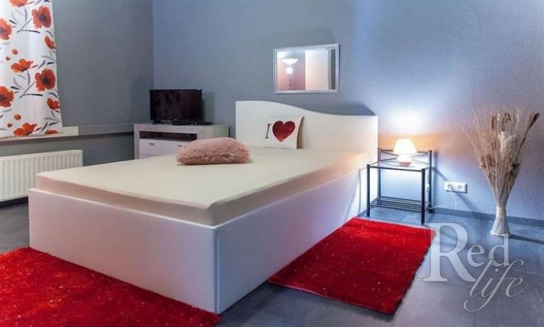 privates-apartment-bietet-zusatzliches-einkommen-in-zwickau-deutschland-big-3