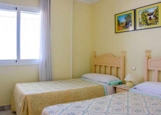 habitaciones-puerto-banus-malaga-big-0