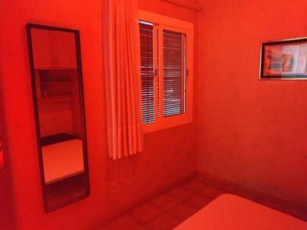 habitacion-por-chicas-sola-en-barcelona-big-1