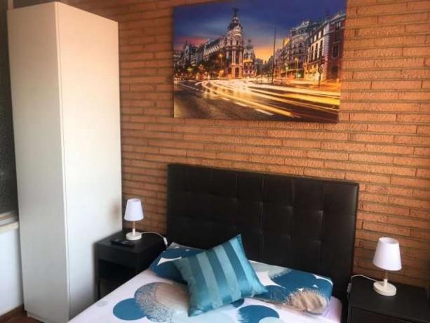 habitaciones-en-plaza-castilla-big-2