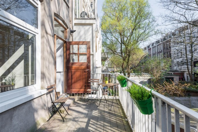 1-bedroom-appartment-in-amsterdam-big-2