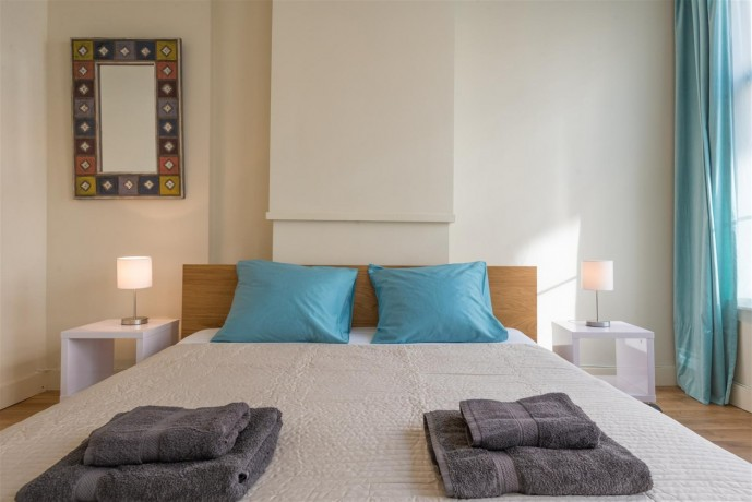 1-bedroom-appartment-in-amsterdam-big-0