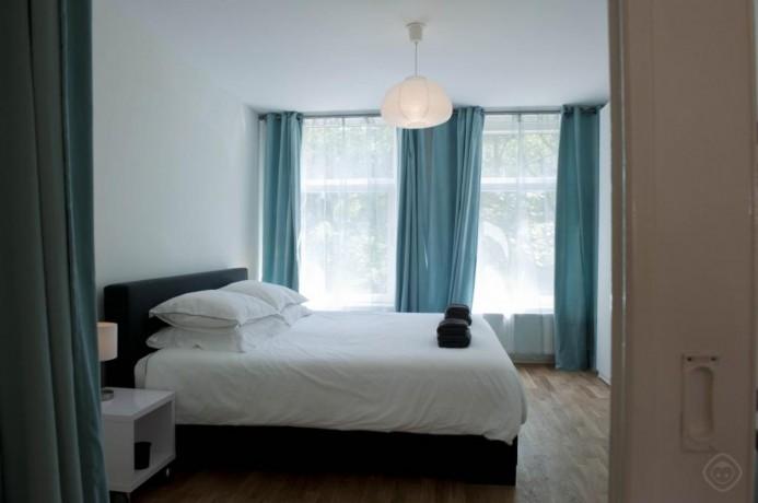 1-bedroom-luxury-appartment-amsterdam-big-3