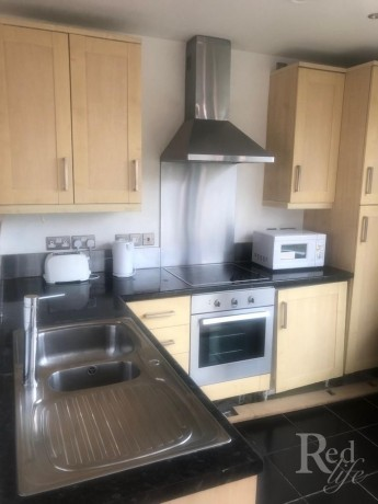 rooms-to-rent-at-my-apartment-in-the-centre-of-stratford-big-3