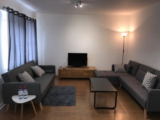 newley-decorated-2-bedroom-apartment-in-islington-big-3