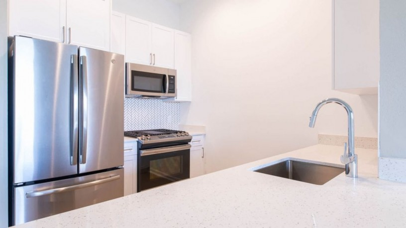 3-bedroom-semi-detached-house-to-rent-big-2