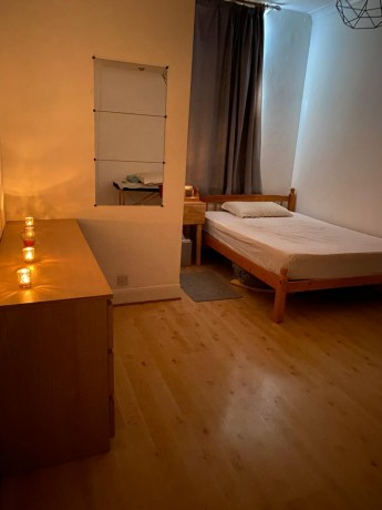 2-rooms-available-in-paddington-w2-big-2