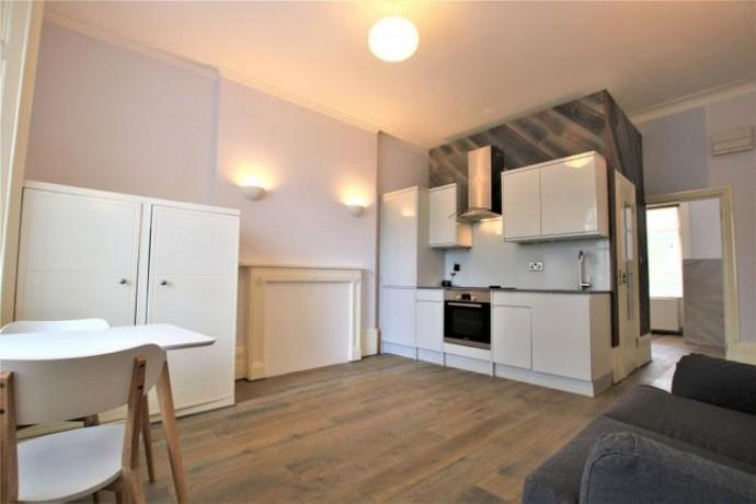 stunning-1-bedroom-in-central-london-big-3